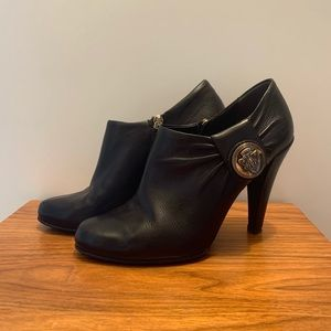 Authentic Gucci Ankle boots/booties - 6.5